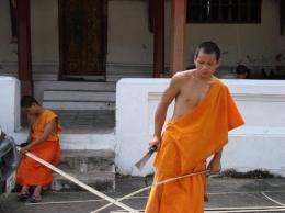 plain-of-jars-laos-cambodia